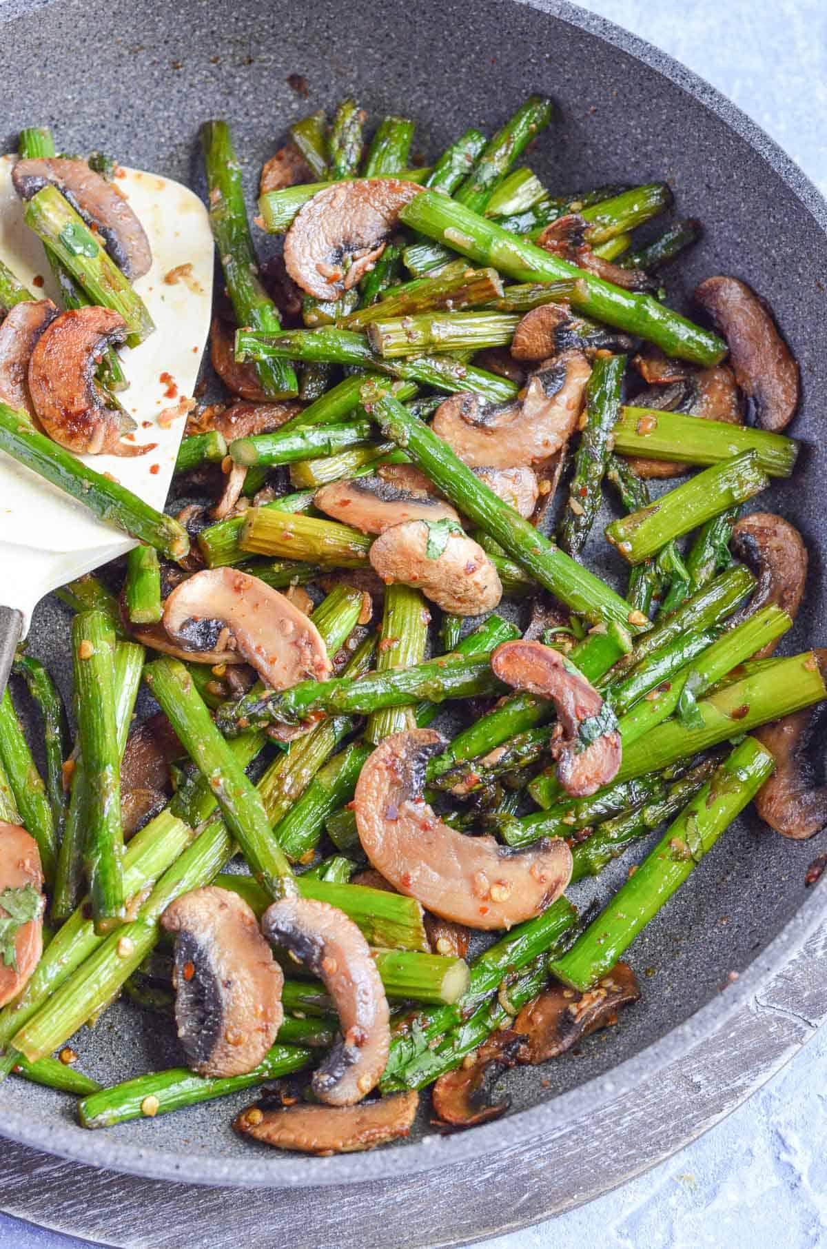 pan-fried mushrooms and asparagus